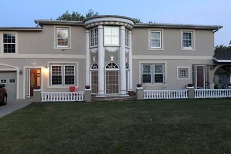 Vintage Winner Home - 2 HUNTERS WELCOMED!