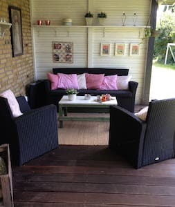 8 pers family home 45 min from Cph