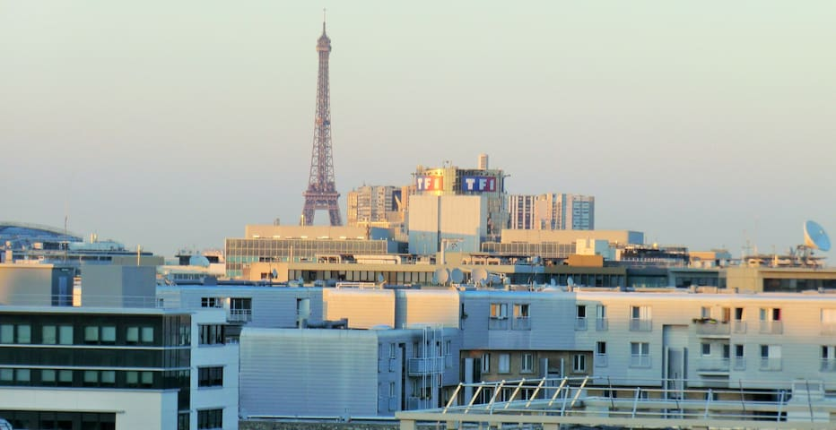 View on the Eiffel Tower - Boulogne-Billancourt - Apto. en complejo residencial