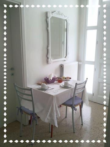 Camera doppia/matrimoniale. - Cornuda - Casa