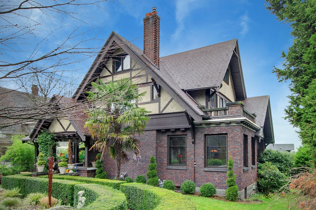 1914 Tudor Home on Capitol Hill in Seattle