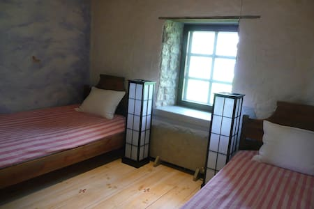 LALLI TOOMA BY THE SEA, TWIN ROOM - Muhu - 住宿加早餐
