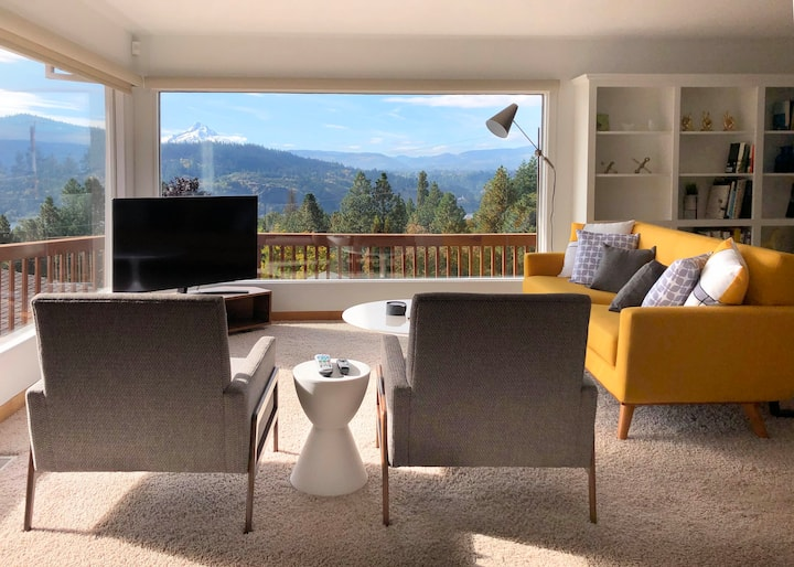 The NeuHaus - a Mid Century gem w/ amazing views!