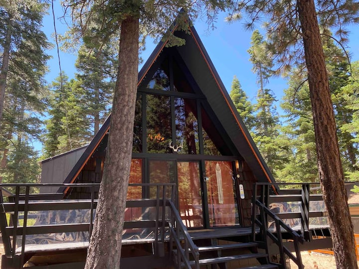 Swag A-frame in the forest,Hiking&biking, HOT TUB!