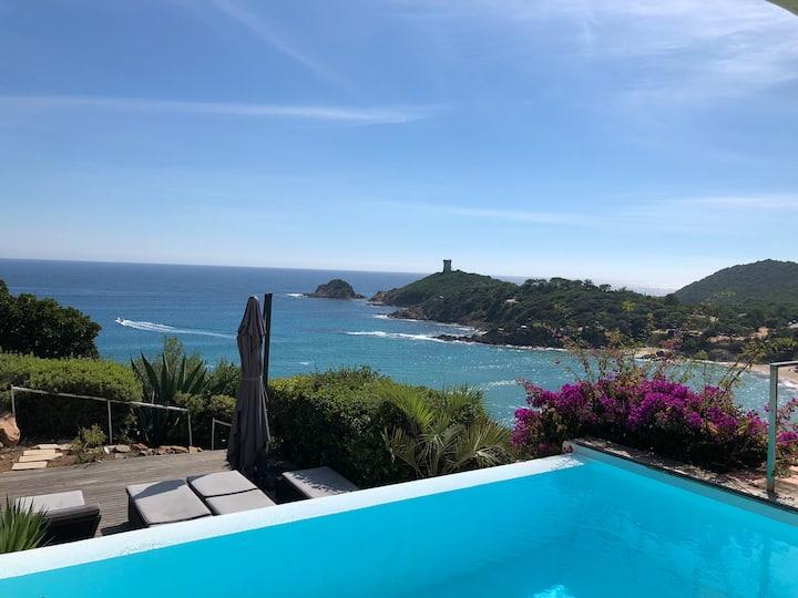 Villa 10 personnes vue mer-Plage à pieds-Piscine