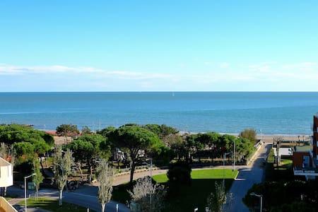 Attico con magnifica vista mare - Porto Santa Margherita