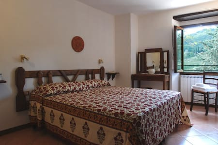 Ginestra - Double room in Mugello - Corella - Szoba reggelivel