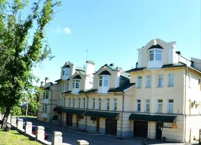 Шикарный хостел в центре Владимира - Vladimir - Slaapzaal