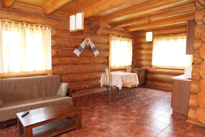 Гуцульский домик