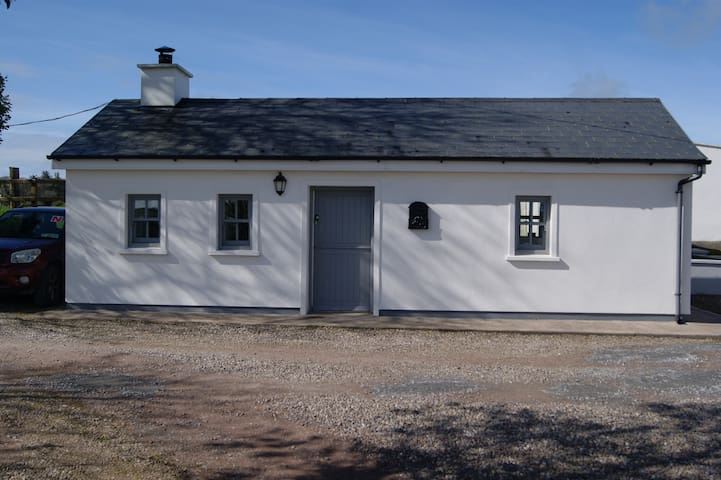 Cloundereen Cottage - Kilbrittain - Chatka