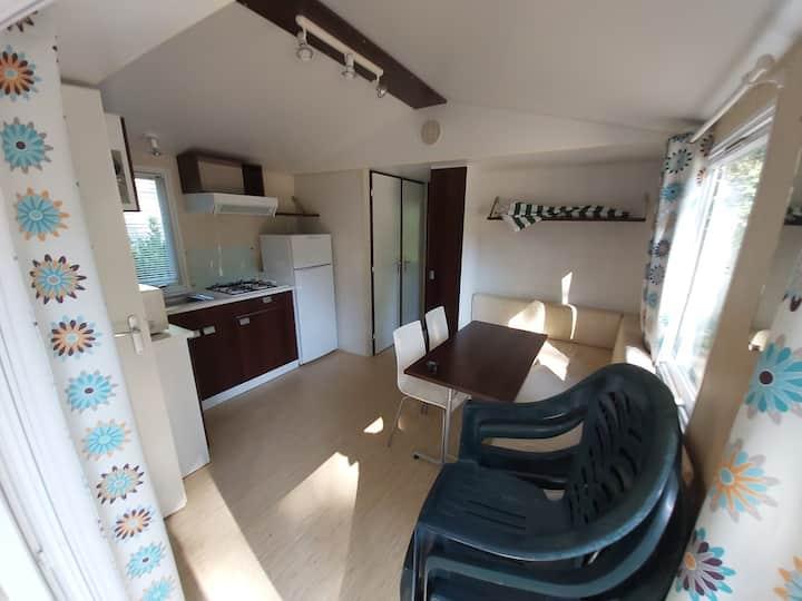 Mobil-home 4-6p proche Paris, camping tout confort