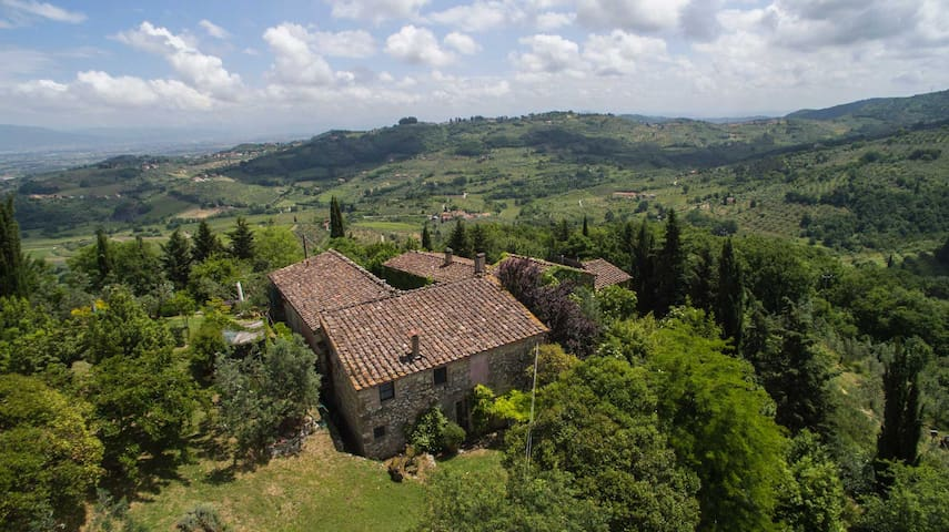 Heart of Tuscany - Top of the hill - Carmignano - Daire