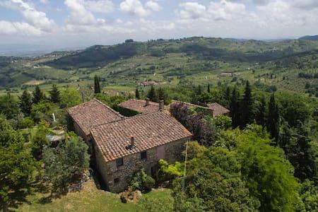 Heart of Tuscany - Top of the hill - Carmignano - Pis