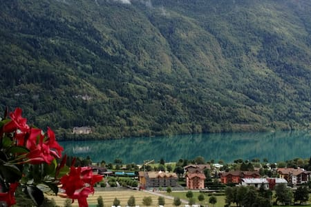 Trilocale con vista lago di Molveno - Molveno