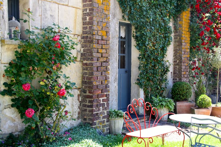 chambres de charme Ferme de Gorgeat - Azé - Bed & Breakfast