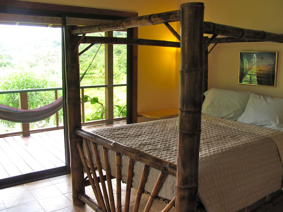 The other wing bedroom.