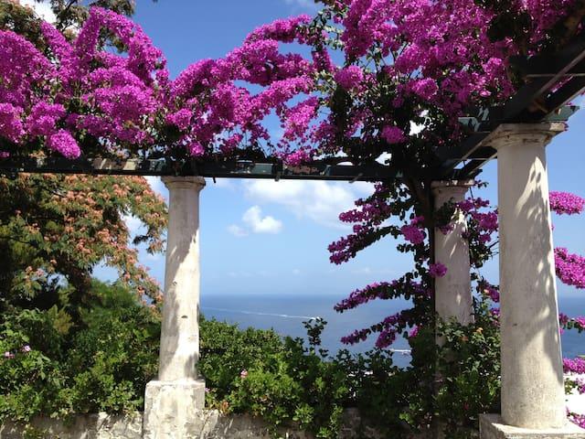 Dépendance in villa con giardino - Capri - House