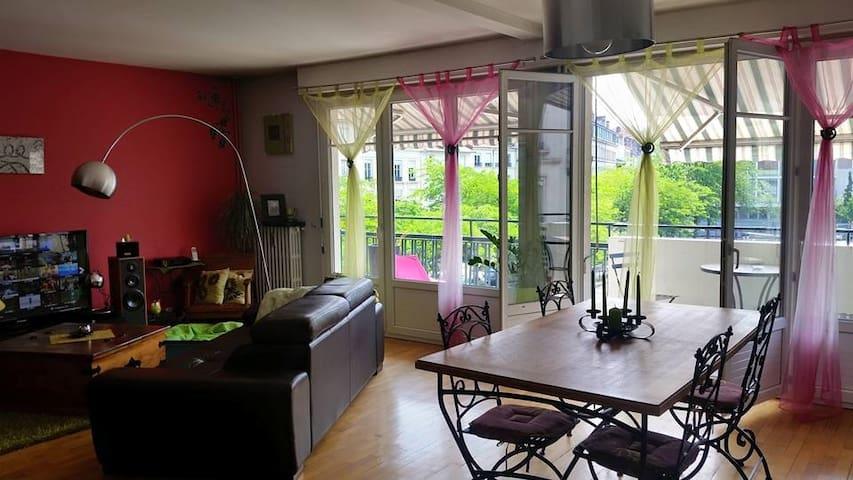 Chambre dans bel F4 place Jacquard - Saint-Étienne - Daire