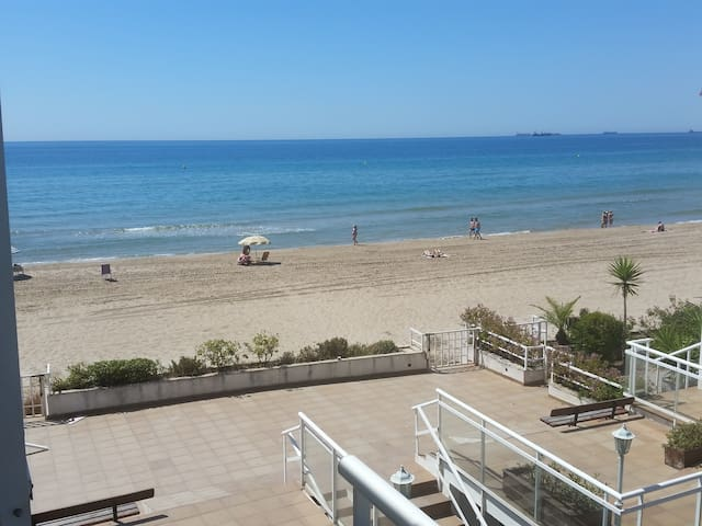 Apartment in the beach - Tarragona - Apartment