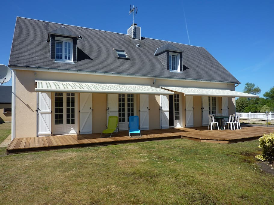 Maison bord de mer a pirou plage houses for rent in for Achat maison normandie bord de mer