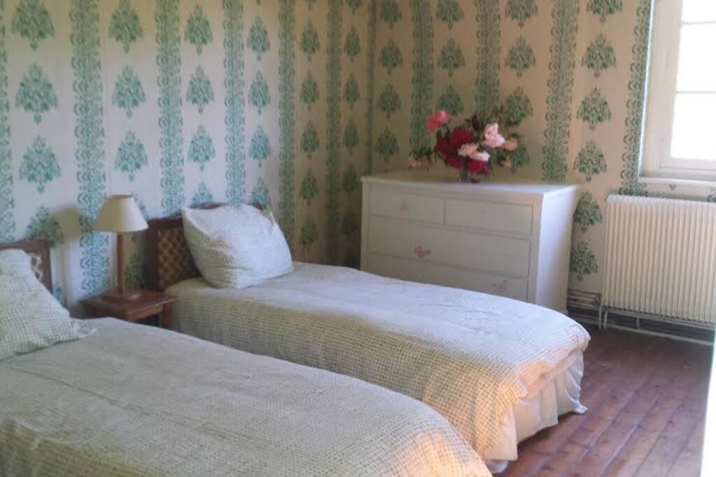 Chambre 2, principale avec suite sdb