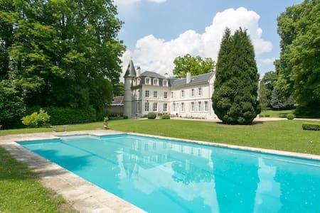 Chateau de Bury - Bury