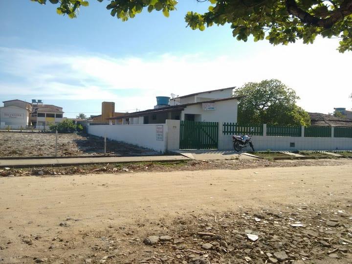 2 Casas Aluguel/novo prado a 50m da praia