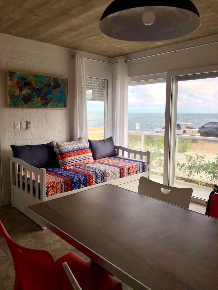 Apartamentos LAS OLAS, frente al mar/otro