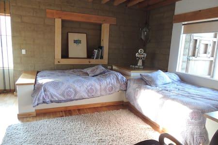 Habitación Doble  en Villa Ecuestre Santa Agueda - San Miguel Xoxtla - Hus