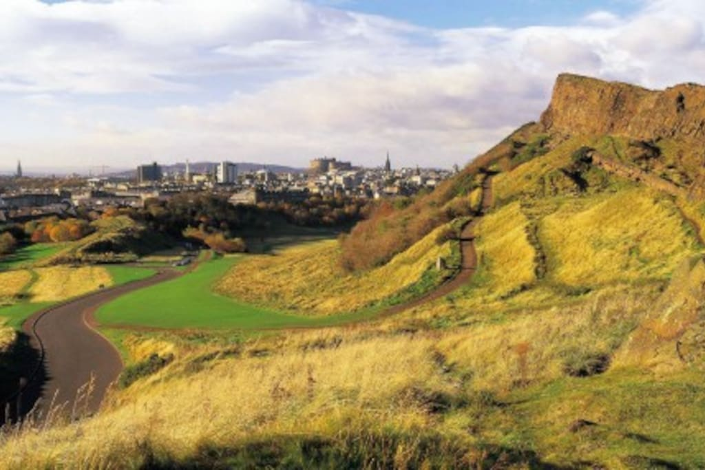 Seconds from Holyrood Park and Arthur's Seat.