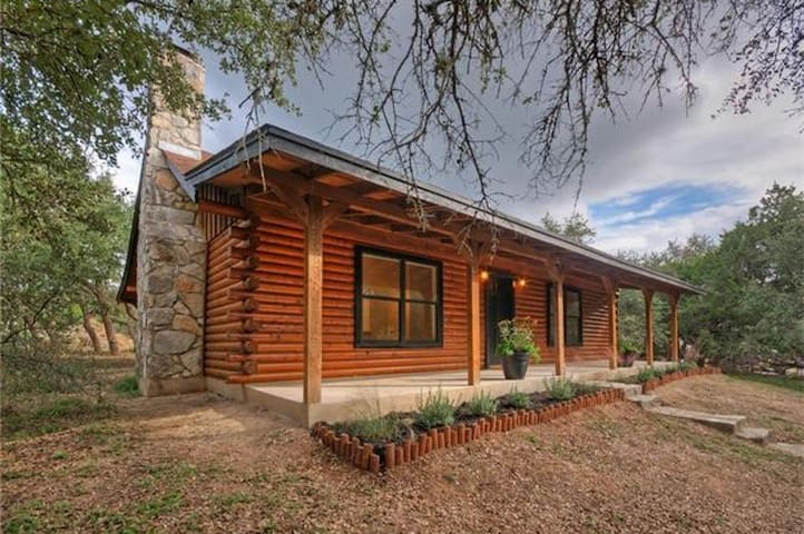 Hillcountry Haven