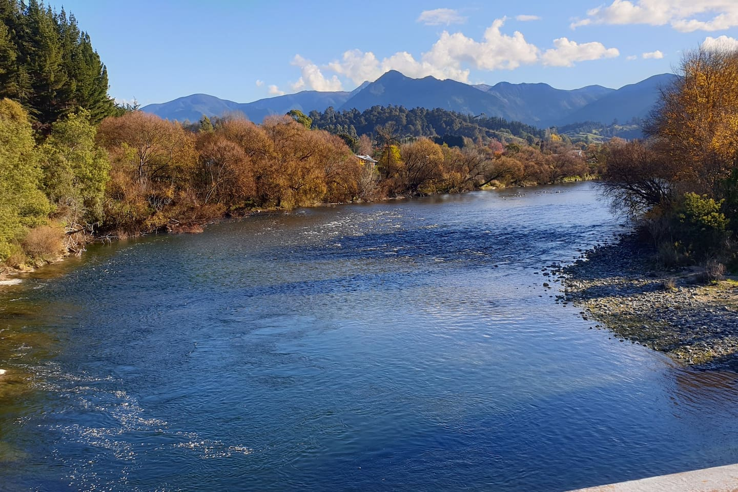 Motueka River - across the road from DUNBAR ESTATES - good fishing, swimming, cycling, walking and simply sitting to enjoy the views and hear the sounds of the water rippling over the stones..