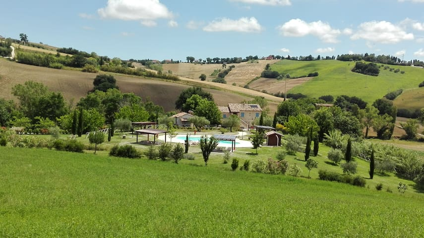 Relaxing Cottage in the countryside - Mondavio - Apartment