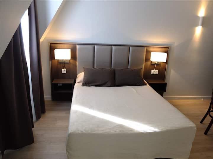 Chambre double confort pour 2 proche Paris Sacré-Coeur