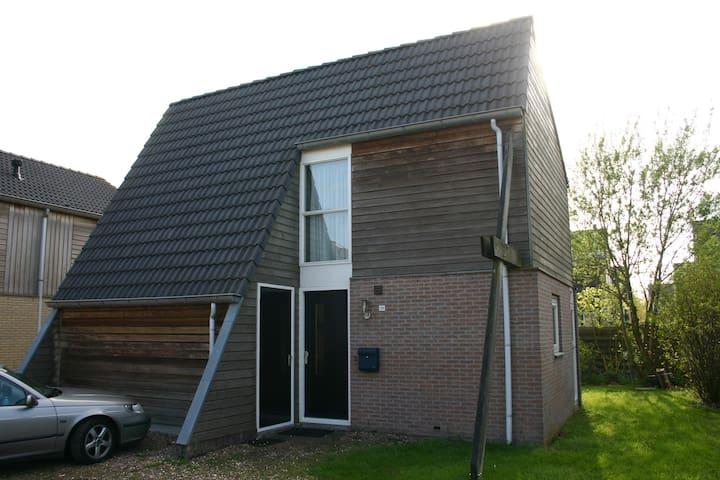 Recreatiewoning in Friesland (huisdieren mogelijk) - Grou - Cabaña