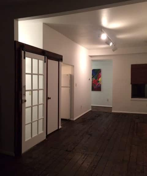 Gallery / Loft Space In Historic North Side