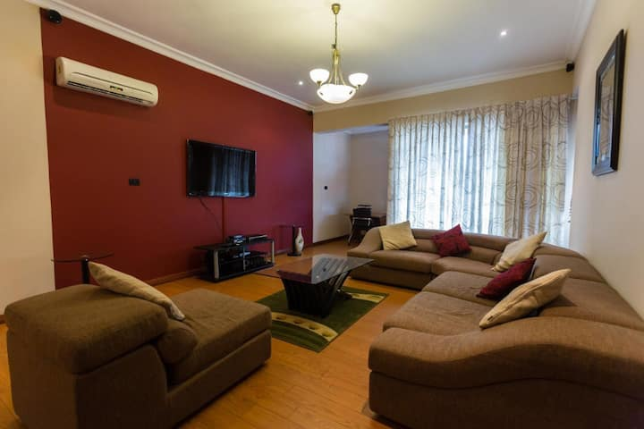 2 Bed Fully furnished luxury Apartment in Osu
