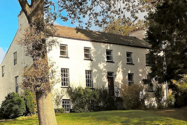 Historic Grade II building Self Catering Holidays