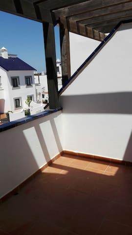 Habitación en bonita casa con jardí - Corralejo - Talo