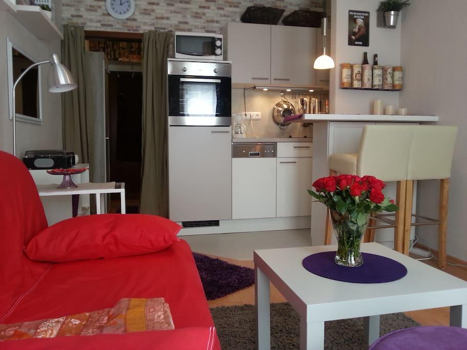 Monning DELUXE Wohnraum mit Küche