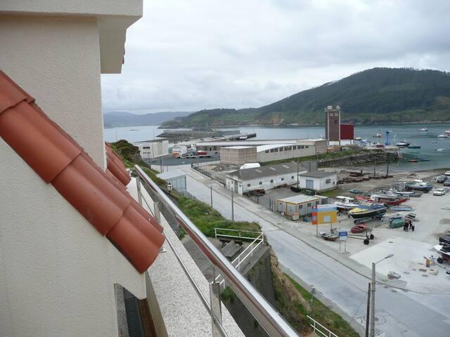 Atico frente al mar y la montaña - Cariño - Leilighet
