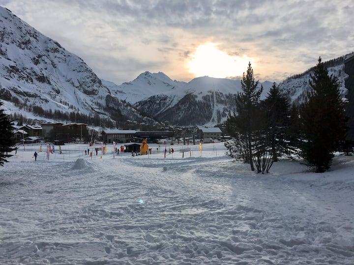 Ski au pied, chaleureux 2 pièces à Val d'Isère