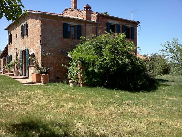 Charming farmhouse in Montepulciano - Montepulciano - Dom