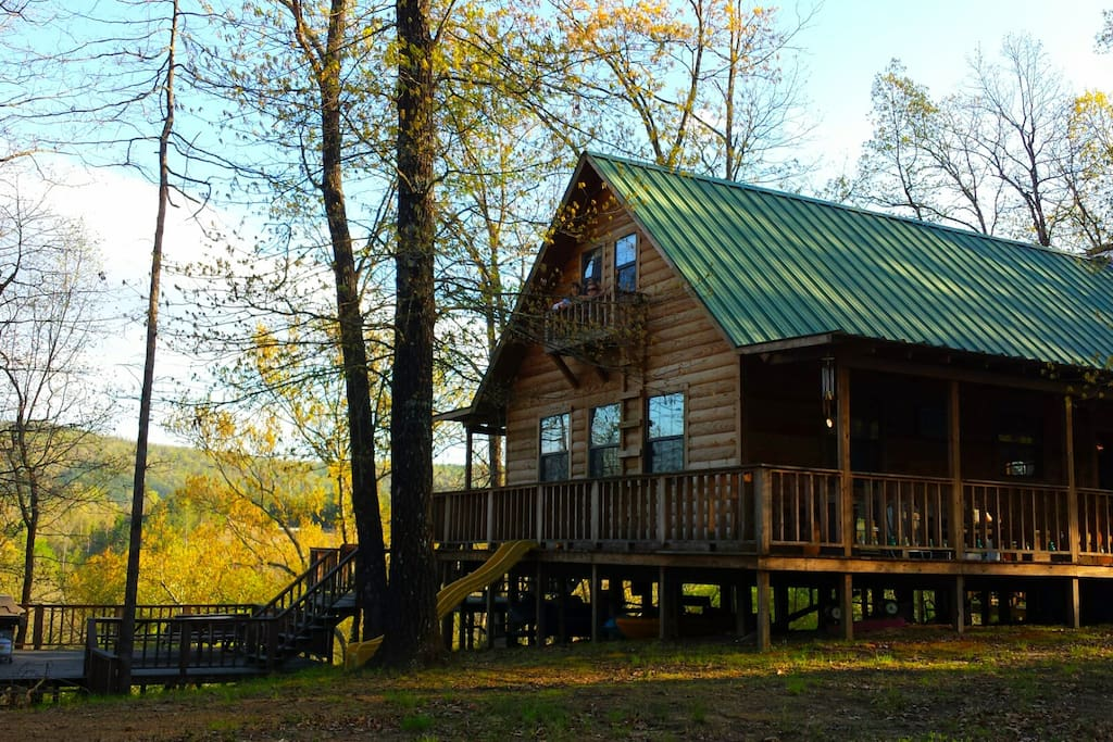 Cabin is 1200 square feet on top of hill overlooking river (116 steps down to river)