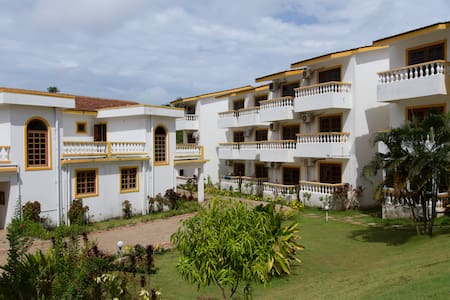 Holiday home near Candolim Beach - Candolim - Huoneisto