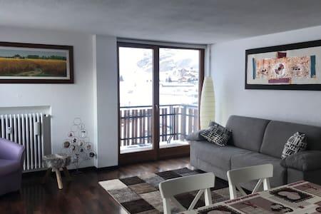 Centro Breuil-Cervinia: prestigioso appartamento