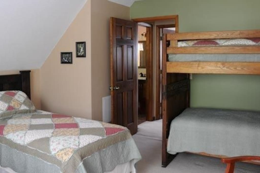 Twin Bunk Beds and Two Twin Beds