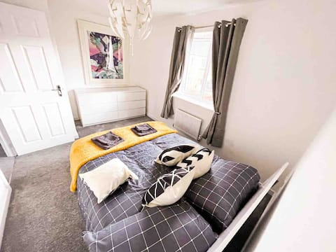 Ideal location-clean, comfy & well equipped (2bed)