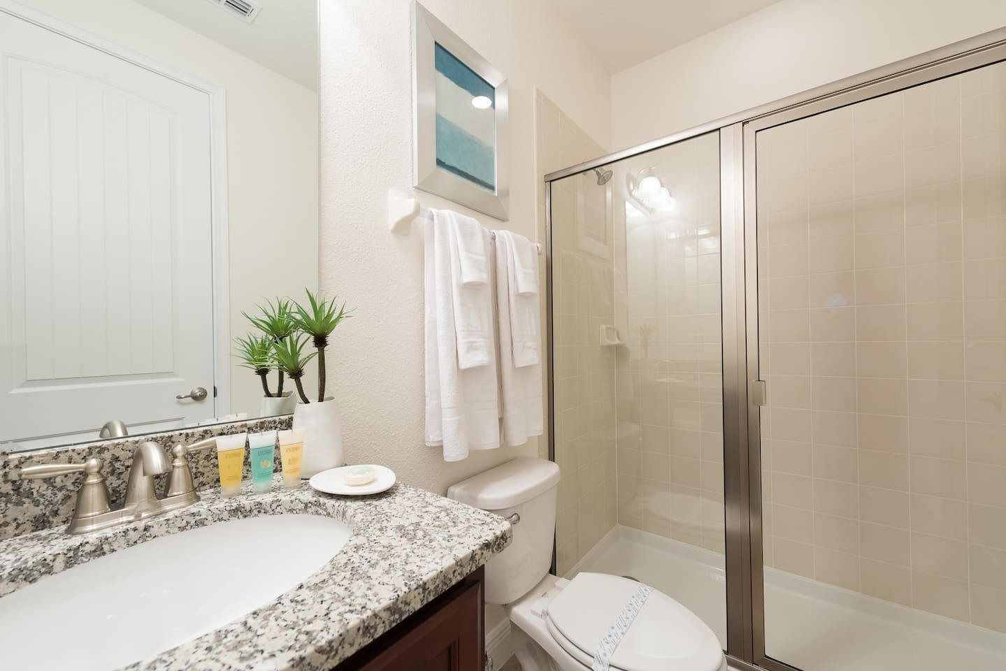 Stunning Luxury Home In Kissimmee Condominiums For Rent In  # Muebles Kissimmee
