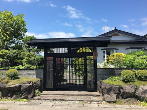 温泉、BBQハウス付き貸別荘